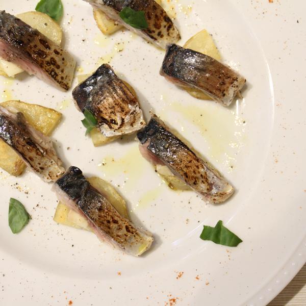 所沢市の新所沢のワインのペアリングとこだわりの食材のイタリアンレストランのしめ鯖の画像