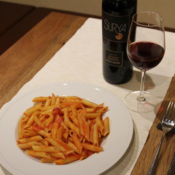所沢市の新所沢のワインのペアリングとこだわりの食材のイタリアンレストランのアラビアータとワインのペアリングの画像